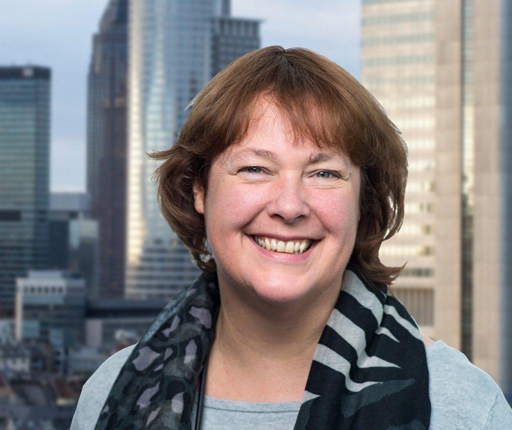 Anja Döbert
